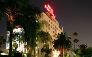 Roosevelt Hotel (at night)